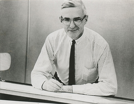 <p>Boyd Everett Hanna (1907–1987), unknown location, ca.1968, photograph by an unknown photographer for George H. M. Lawrence (1910–1978), comp., <em>Catalogue [of the] 2nd International Exhibition of Botanical Art & Illustration</em> (Pittsburgh, Hunt Botanical Library, 1968), HI Archives portrait no. 1.</p>