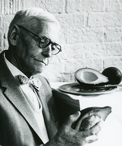 <p>Frederick Wilson Popenoe (1892–1975), unknown location, ca.1968, 13 × 15.5 cm, unknown photographer, HI Archives portrait no. 8.</p>